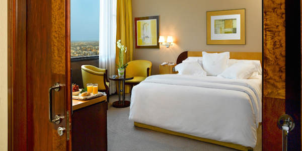 Hoteles y Apartamentos Turísticos.